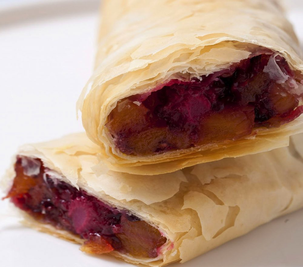 Take a look at this apricot berry strudel and tell me you don't want to devour it!
