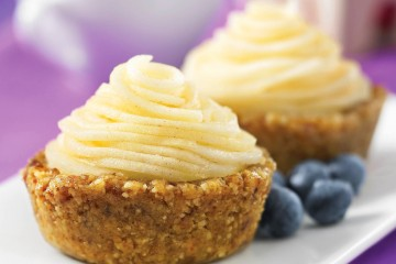 Hard to believe these fruit tarts are not only paleo, but made with a spiralizer.