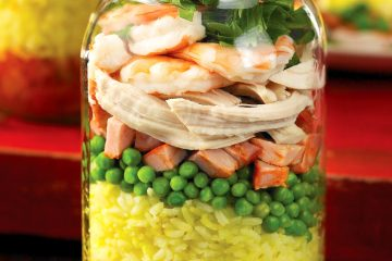Try this luscious paella in a jar for a lunch worth looking forward to.