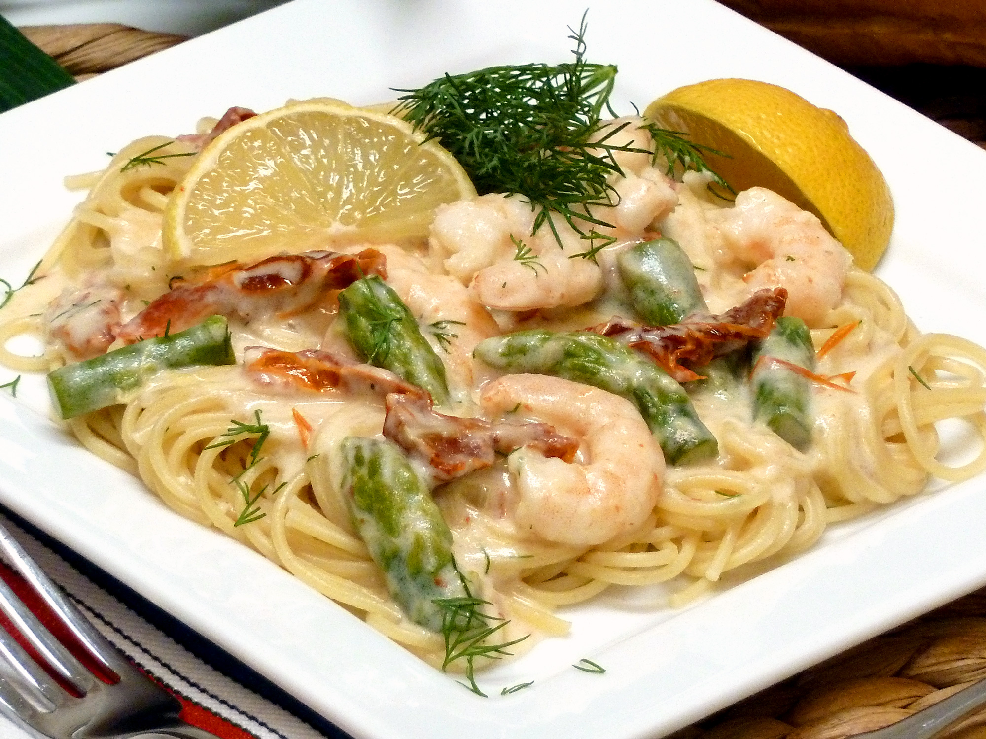 Shrimp with a rich and cheesy alfredo sauce is a snap to make in less than 30 minutes.