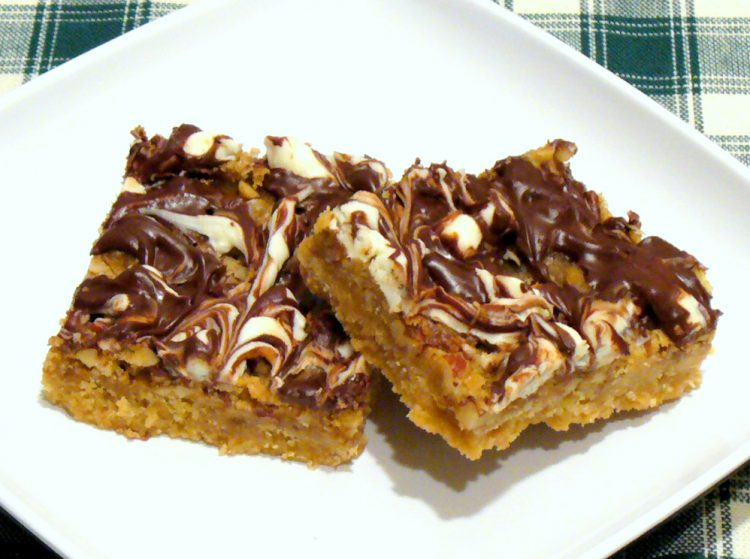 Butter Pecan Turtle Bars combine the crunch of toffee candy with cookies. Beautiful and delicious!