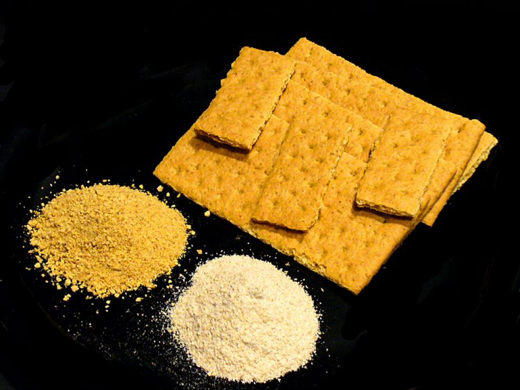 Graham crackers, graham cracker crumbs, and graham flour for baking and eating pleasure.