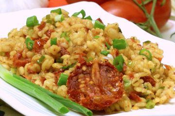Sun-Dried Tomato Barley is rich with the tangy, sweet flavor of tomatoes and nutty barley.