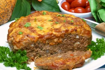 Juicy cheeseburger meatloaf is easily and quickly made in the Instant Pot.