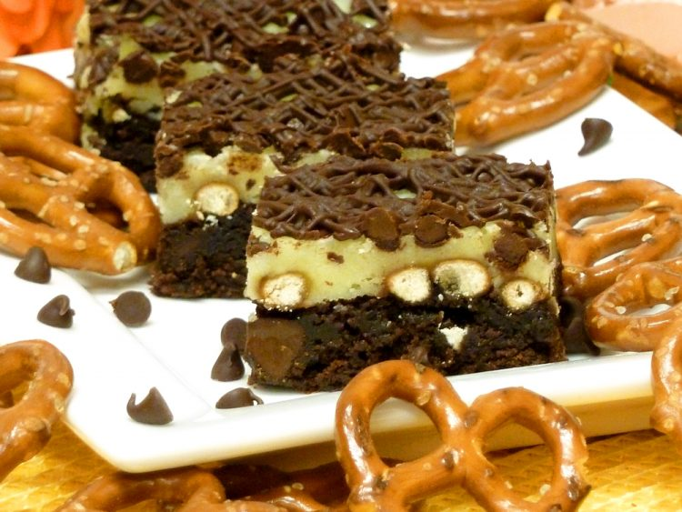 Pretzel Cheesecake Brownies have all your favorite yummies in one delicious bar.